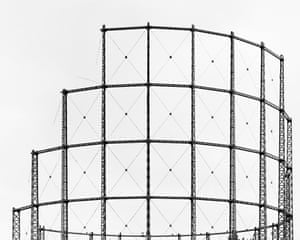 A gas holder tower in Lee Side Road, London by photographer Martin Chivers.