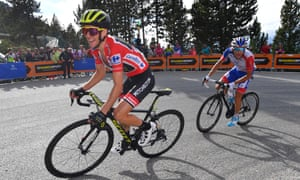 Simon Yates leads Thibaut Pinot up the Coll De La Rabassa on stage 19