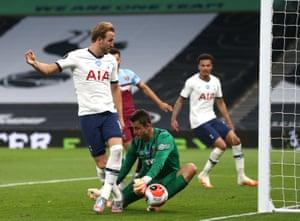 Harry Kane of Tottenham Hotspur sees his shot saved by West Ham keeper Lukasz Fabianski.