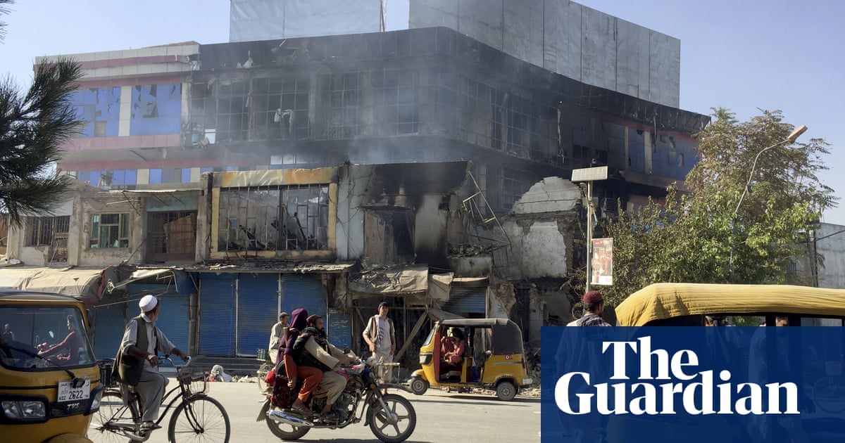 Taliban seize symbolic victory with capture of Kunduz