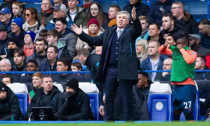 Carlo Ancelotti shows his frustration during Everton's 4-0 defeat at Chelsea on 8 March 2020