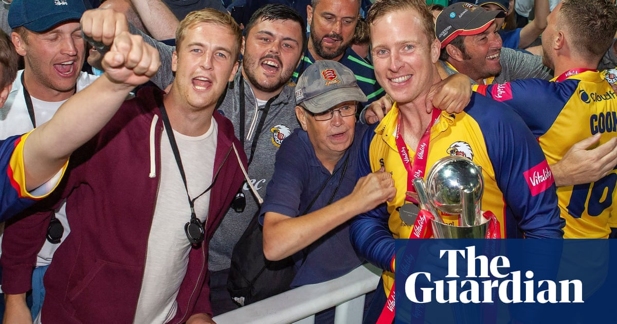 Simon Harmer says Essex hold all the cards in Championship showdown