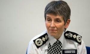 Met Commissioner Cressida Dick discussing knife crime with families in south London on 18 May.