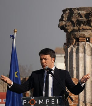 Matteo Renzi at the unveiling