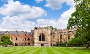 The Bishop's Palace, Wells, Somerset, England, UK.
