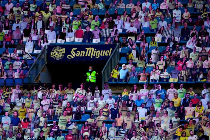 Carboard cutouts – and a steward – at Villarreal this season.