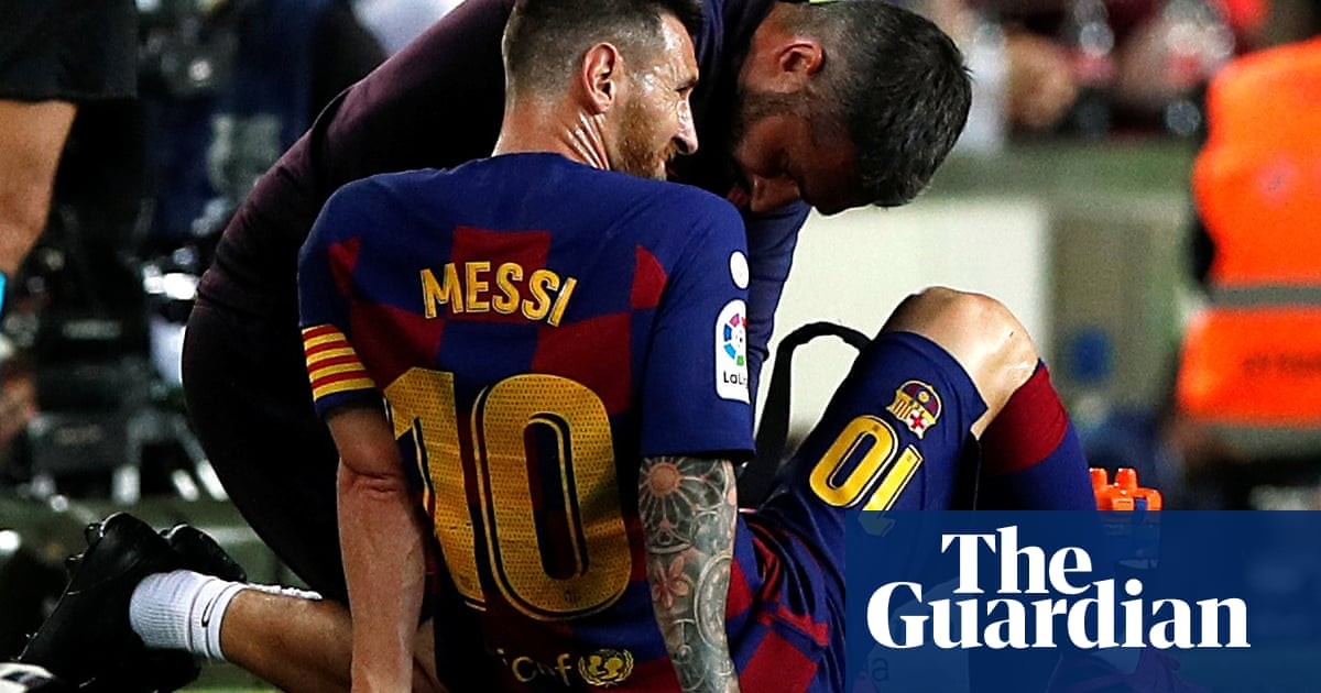 Barcelona's return to winning ways marred by Lionel Messi injury worry