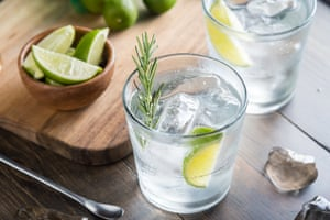 Is there a low-alcohol alternative to a good old gin and tonic that still hits the spot?