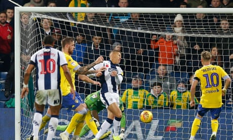 Dwight Gayle compounds Leeds' misery as four-goal West Brom run riot