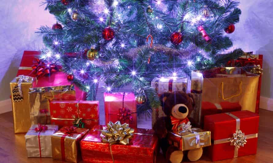 Ofcom has said fairy lights are a season source of Wi-Fi interference.