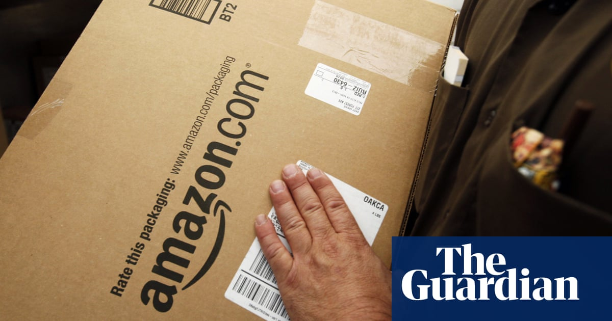 Amazon Raises Minimum Wage for US and UK Employees