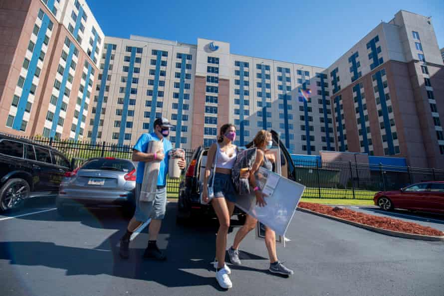 Students move in at Georgia State University.