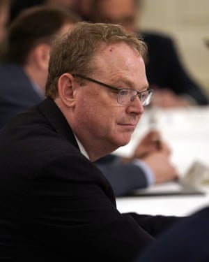 Kevin Hassett, sans mask, at a White House meeting on Friday.