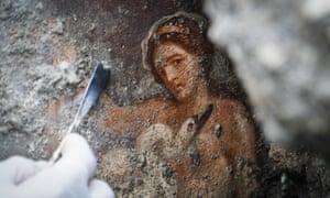 Leda and swan fresco at Pompeii