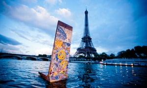 Fleischer's styrofoam Berlin Wall on tour in Paris.