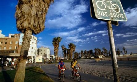 Cyclists in Venice Beach, LA