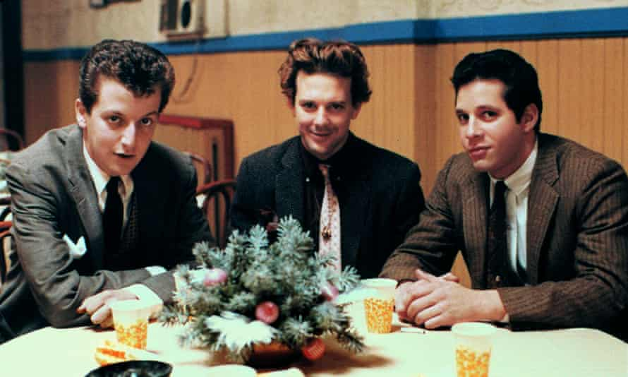 Guttenberg (right) with Daniel Stern and Mickey Rourke in Diner, 1982.