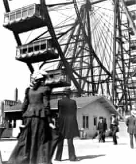 The world's first ferris wheel, Chigaco, 1893.