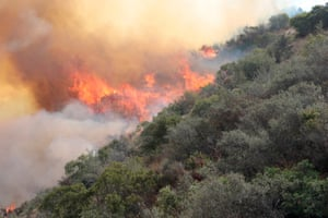 The La Tuna Canyon fire has burned 5,895 acres and is still at 10% contained in Burbank, California
