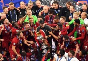 Liverpool manager Jurgen Klopp lifts the Champions League trophy
