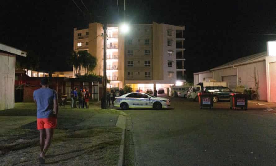 Police cordon off Palms Motel in Darwin