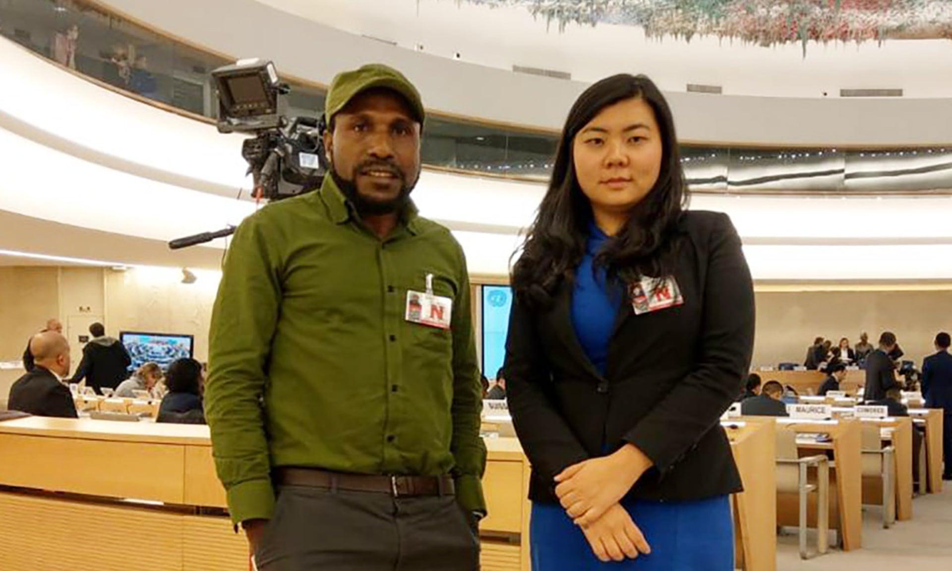 Aktivis Papua Barat Victor Yeimo dan pengacara Indonesia, Veronica Koman, di PBB Jenewa.