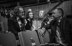 Anton Lesser talking with Wolf Hall director Peter Kosminsky