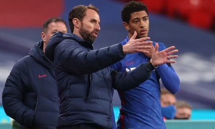 Gareth Southgate giving instructions to the debutant Jude Bellingham