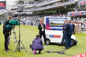 Sky television pundits previewed a game that was also shown on free-to-air TV in the UK