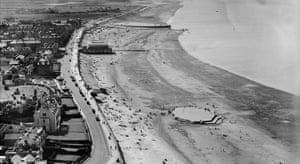 The esplanade and beach, Burnham-on-Sea, 1932