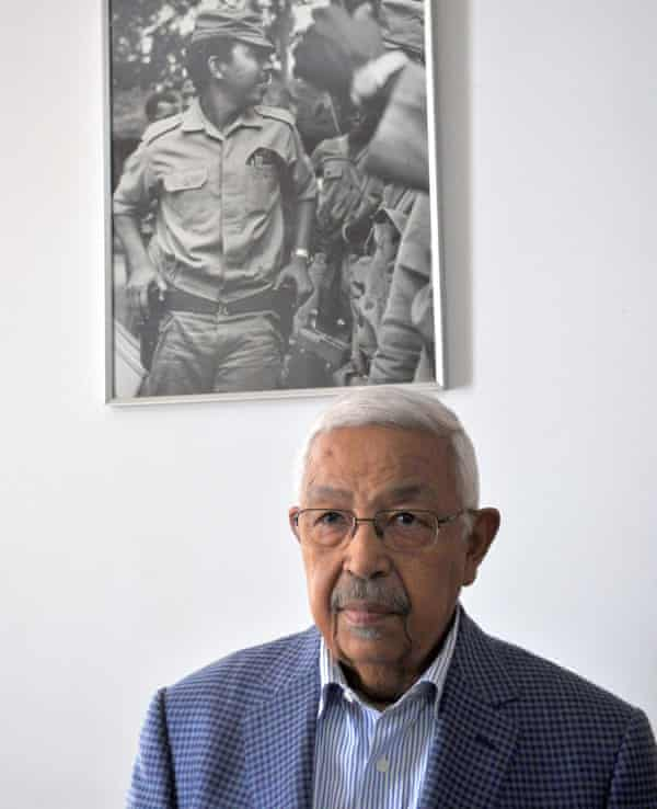 Pedro Pires, former president of Cape Verde with his portrait from the struggle.