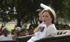 Gillian Anderson with Hugh Bonneville in Viceroy's House.