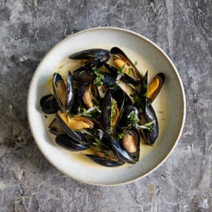 Henry Harris' mussels with cider, creme fraiche and spring onions.