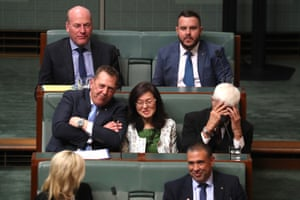 Bob Katter sits next to Gladys Liu during question time