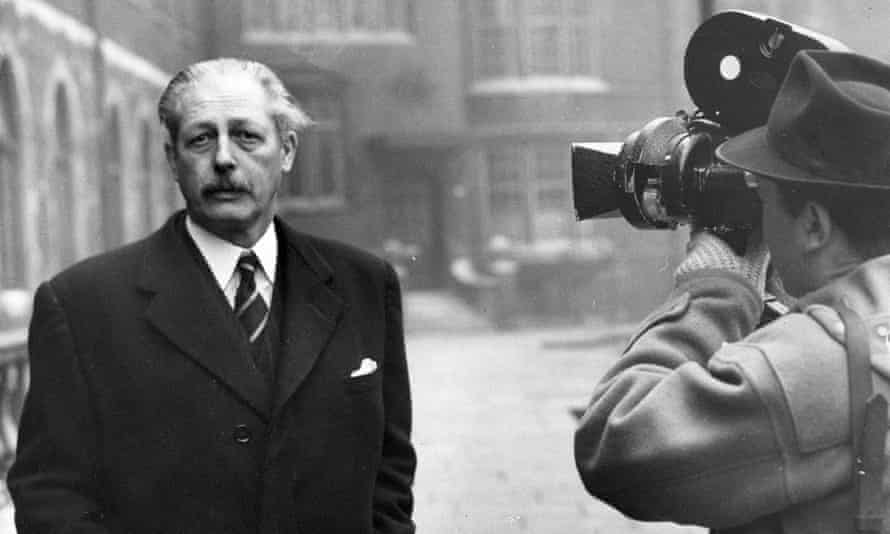 Harold Macmillan in London, 1952