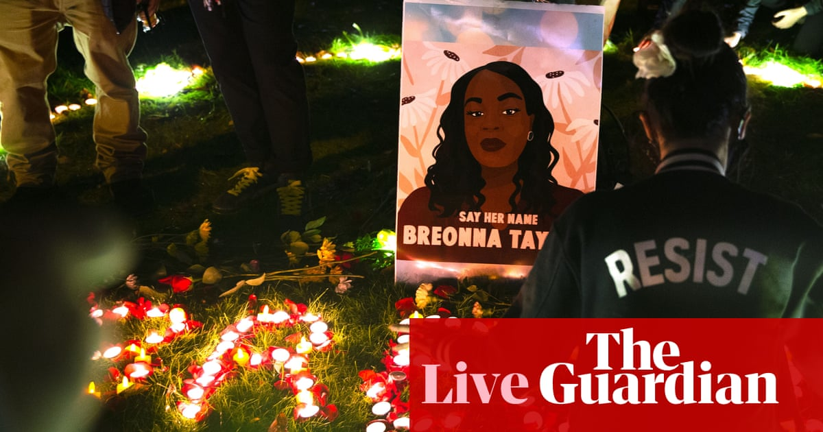 Breonna Taylor: family attorney says wanton endangerment charge 'doesn't make sense' – live updates