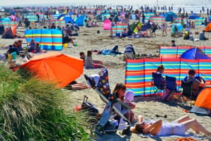 Crowds on West Wittering beach