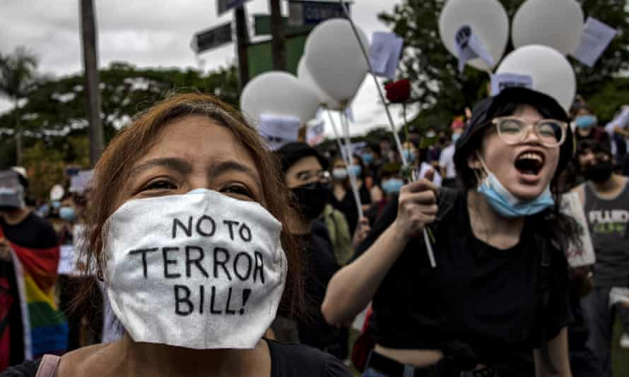 Protesters against the new anti-terror powers in Philippines.
