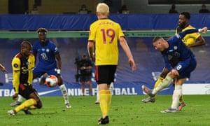Ross Barkley thumps home Chelsea's third.