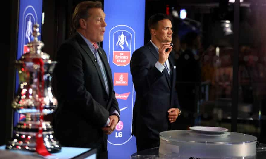 Jermaine Jenas and Glenn Hoddle making the FA Cup third-round draw.