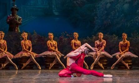 'New-minted gleam': Marianela Nuñez in Royal Ballet's La Bayadère.