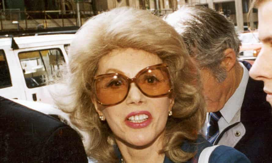 'She had eyes that looked through your soul': Anne Hamilton-Byrne, age 72, arrives at County Court, Melbourne, November 1993.