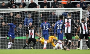Kepa can't keep out the header from Newcastle United's Isaac Hayden.