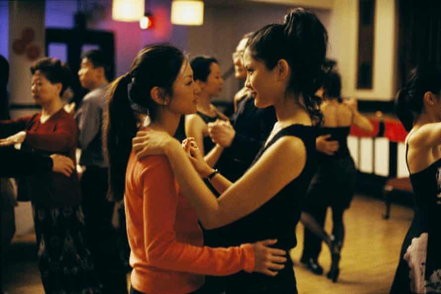 An awkward buffet dinner leads Wil (Michelle Krusiec) to Vivian (Lynn Chen)