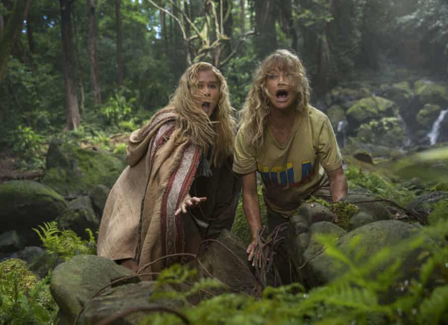 Hawn with Amy Schumer in Snatched.
