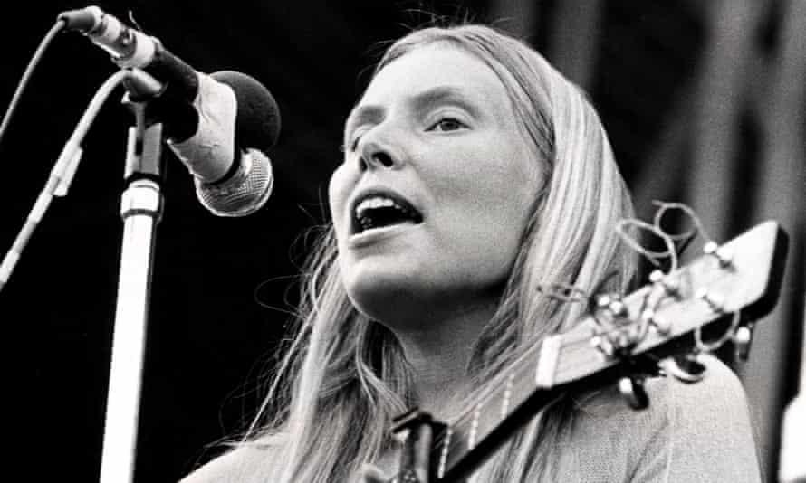 Joni Mitchell, c1972
