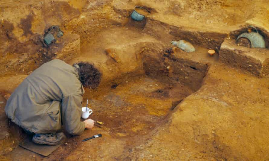 An archaeologist excavates the Saxon 'Prince of Prittlewell' grave site before developers move in.