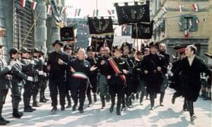 A scene of fascists in Amarcord