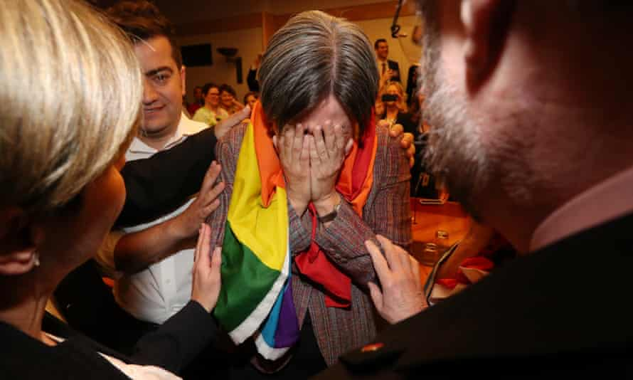 Penny Wong breaks down after hearing the result of the same-sex marriage survey.