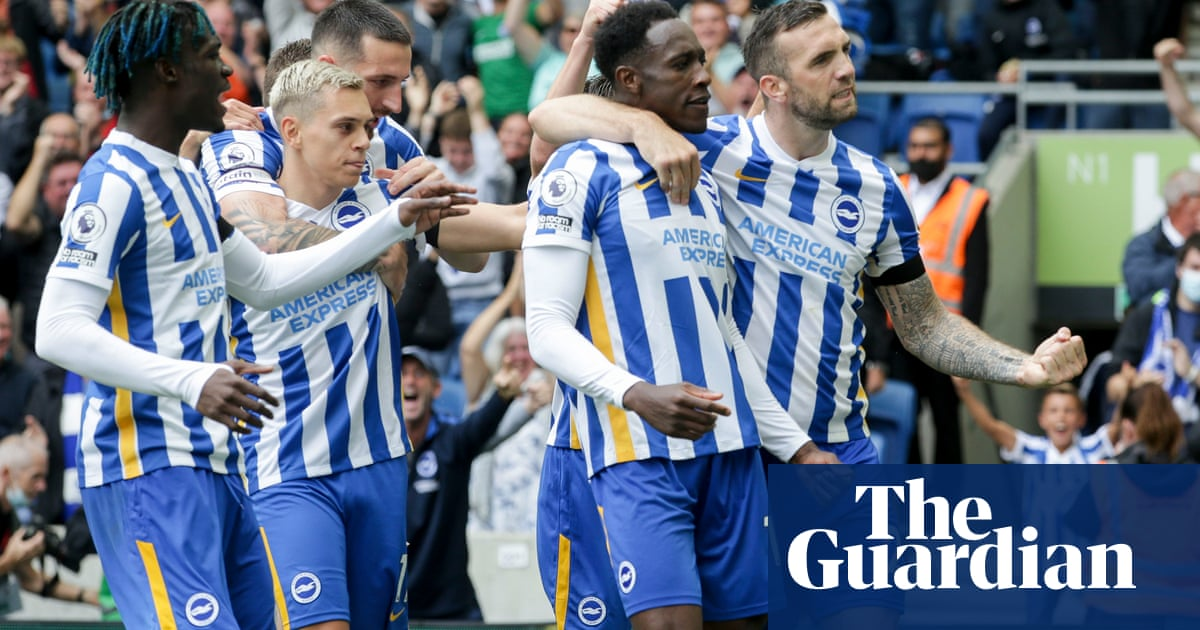 Danny Welbeck header gives Brighton edge over Leicester with help from VAR